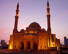 United Arab Emirates/Sharjah: Al Noor Mosque at Khalid Lagoon