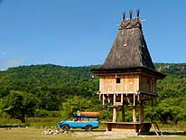Com/Timor-Leste: Traditional Fataluku house